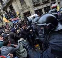Tres detenidos y 33 heridos durante protestas en Barcelona. Foto: AFP