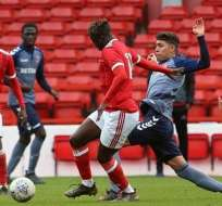 El ecuatoriano Jeremy Sarmiento es destaca en la Liga Inglesa Sub 18 con el Charlton.