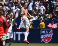 El sueco convirtió dos goles para remontar el marcador a favor de los Galaxy.