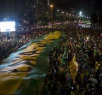 Tribunal decidirá si concede a Lula el derecho de apelar en libertad su condena. Foto: Mauro Pimentel / AFP