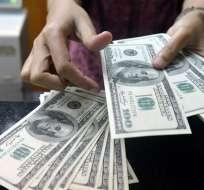 Gravar con IR a décimos de grupo de contribuyentes, entre las medidas. Foto: Archivo AFP