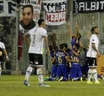 Los 'cetáceos' vencieron 2-0 al 'cacique' en el estadio Monumental de Santiago de Chile. Foto: AFP