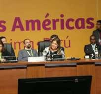 Mandatario Moreno la delegó para la Cumbre de las Américas. Foto: Twitter Vicepresidencia