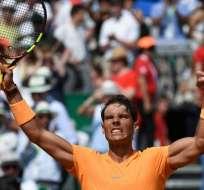 El español debe ganar el torneo para seguir en el puesto número 1 del ranking ATP. Foto: YANN COATSALIOU/AFP