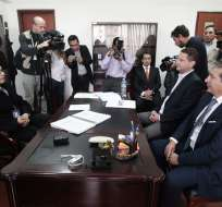 Rodas acudió ante Fiscalía de Pichincha para aclarar presuntas irregularidades. Foto: API.