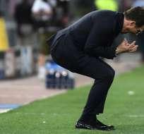 El entrenador dl elenco italiano, Eusebio Di Francesco, reacciona tras un gol del Liverpool. Foto: Filippo MONTEFORTE / AFP