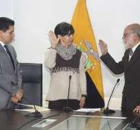 Organismo transitorio también posesionó a superintendenta de Economía Popular encargada. Foto: API