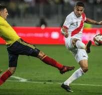 La directiva de la selección de fútbol de Perú, no ha confirmado totalmente a Paolo Guerrero. Foto: AFP