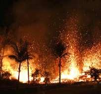 Las órdenes de evacuación se mantenían el lunes para cientos de residentes. Foto: Archivo AP