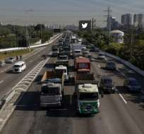 Temer ordenó despejar rutas tras huelga de camioneros. Foto: AFP