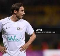 Francesco Totti ha anunciado la publicación de su biografía luego de un año de estar alejado del fútbol profesional. Foto: AFP