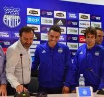 El entrenador fue presentado oficialmente en el Club Sport Emelec. Foto: API
