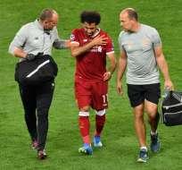 El delantero egipcio buscará reducir el tiempo para poder jugar el Mundial Rusia 2018. Foto: Sergei SUPINSKY / AFP