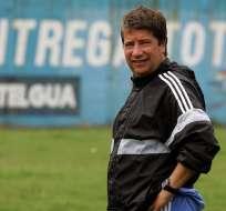El entrenador colombiano ya había revelado anteriormente el interés de Ecuador. Foto: ORLANDO SIERRA / AFP