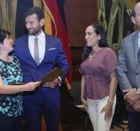 La ajedrecista recibió la distinción en el pleno de la Asamblea Nacional. Foto: Tomada de @JoseChala_AN