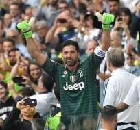 Buffon anunció su retiro de la Juventus tras 17 temporadas en el equipo. Foto: AFP