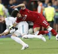 El defensor español fue parte de la jugada en la que el egipcio se lesionó. Foto: AP Foto/Efrem Lukatsky