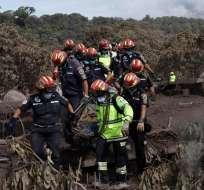 Continúa búsqueda de desaparecidos en Guatemala tras erupción volcánica. Foto: AFP