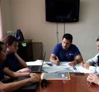 Autoridades verifican el estado de servicios del Hospital Darío Machuca. Foto: MSP
