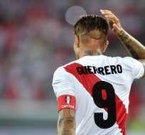 El delantero peruano pudo participar del Mundial tras una suspensión de su sanción. Foto: Fabrice COFFRINI / AFP