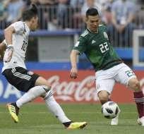 El delantero mexicano hizo el gol del histórico triunfo sobre Alemania. Foto: Juan Mabromata / AFP