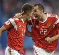 Los rusos vencieron 3-1 a los egipcios que contaron con Mohamed Salah. Foto: GABRIEL BOUYS / AFP