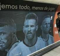 BUENOS AIRES, Argentina.- Imágenes como esta, se encuentran expuestas en las estaciones de metro. Foto: AFP