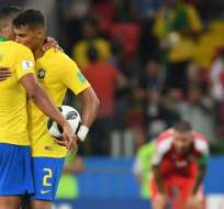 Los 'auriverdes' vencieron 2-0 a Serbia con goles de Paulinho y Thiago Silva. Foto: FRANCISCO LEONG / AFP