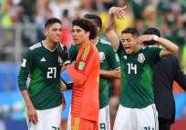 Los 'aztecas' cayeron 3-0 ante Suecia, pero pasaron como segundos del grupo F. Foto: HECTOR RETAMAL / AFP