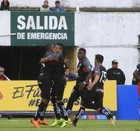 El equipo 'oriental' venció 2-1 en condición de visitante a los 'puros criollos'. Foto: API