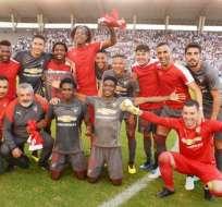 GUAYAQUIL, Ecuador.- Los jugadores de Liga de Quito celebraron por convertirse en finalistas del torneo. Foto: API