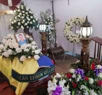 Pareja asesinada en la frontera norte es velada en Santo Domingo desde el viernes. Foto: Diana Romero