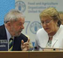 Bachelet firma carta de apoyo a candidatura de Lula en Brasil. Foto: EFE