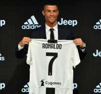 El delantero portugués fue presentado oficialmente en el club italiano. Foto: Tomada de @juventusfces