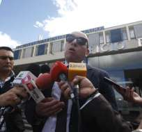 QUITO, Ecuador.- Stalin Oviendo, abogado de Pablo Romero, negó que su cliente se haya reunido con exagentes. Foto: API