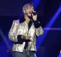 J Balvin canta en la ceremonia de los Premios Billboard de la Música en Coral Gables en 2017. Foto: AP