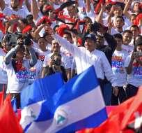 """""""Aunque te duela, Daniel se queda"""" coreaba la multitud exaltando al líder sandinista. - Foto: AFP"""