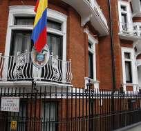 Ecuador pide a los británicos garantías para la vida de Assange. Foto: AP - Archivo