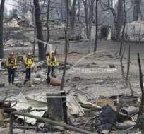 Cerca de 12.000 bomberos luchaban este lunes contra las llamas descontroladas. Foto: AP