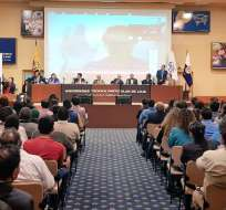 Consejo transitorio cesó definitivamente al superintendente de Bancos, Christian Cruz. Foto: Twitter Cpccs transitorio