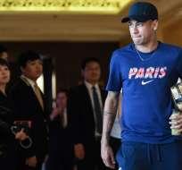 SHENZHEN, China.- Luego de acomodarse en el hotel, el futbolista se trasladó a los entrenamientos. Foto: AFP