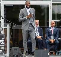 Melania Trump apoya a LeBron James tras el insulto del presidente. Foto: AFP
