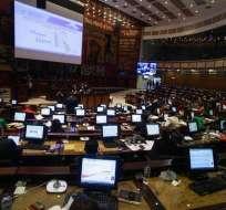 Este martes 7 de agosto, el Pleno del Legislativo voto el informe en 3 bloques. Foto: API