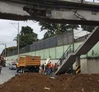 La maquinaria causó daños en el paso peatonal de la av. del Bombero el 8 de agosto. Foto: Archivo