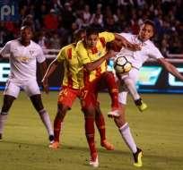 QUITO, Ecuador.- El 'superclásico' capitalino concluyó en empate 1-1. Foto: API - Juan Montenegro