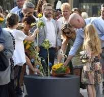 El ayuntamiento de Barcelona organizó un homenaje sobrio, sin discursos oficiales. Foto: AFP