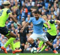 MÁNCHESTER, Reino Unido.- Sergio Agüero anotó tres goles en este cotejo. Foto: AFP