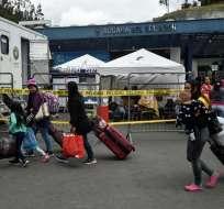 ECUADOR.- Ecuador, Perú y Brasil toman diversas medidas de control. Venezolanos claman flexibilidad. Foto: AFP