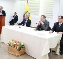 QUITO, Ecuador.- La reparación a víctimas ecuatorianas de San Fernando-Tamaulipas. Foto: Twitter Cancillería.