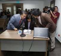 ECUADOR.- Los titulares de las defensorías del Pueblo y Pública instan a eliminar requisito de pasaporte. Foto: API